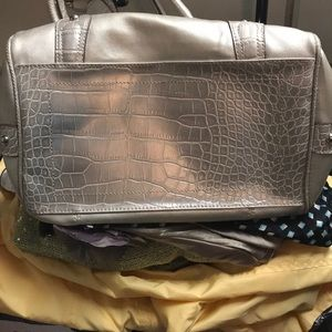 Genna DeRossi Bags - Silver Metallic pocketbook/used / good condition